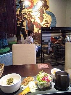 プレートランチ@kawara CAFE&DINING(神南本店)