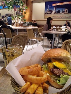 J.S. BURGERS CAFE(J.S. バーガーズ カフェ)@渋谷