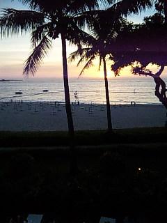 ムーンビーチの夕日