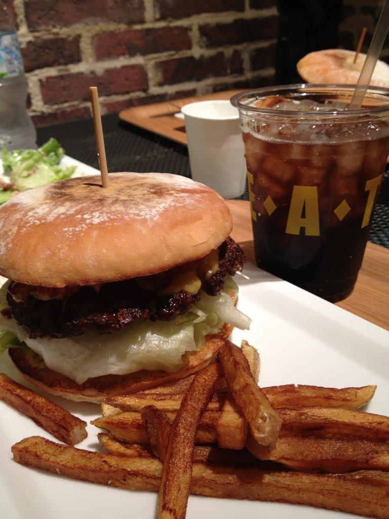 EAT@渋谷ヒカリエ
