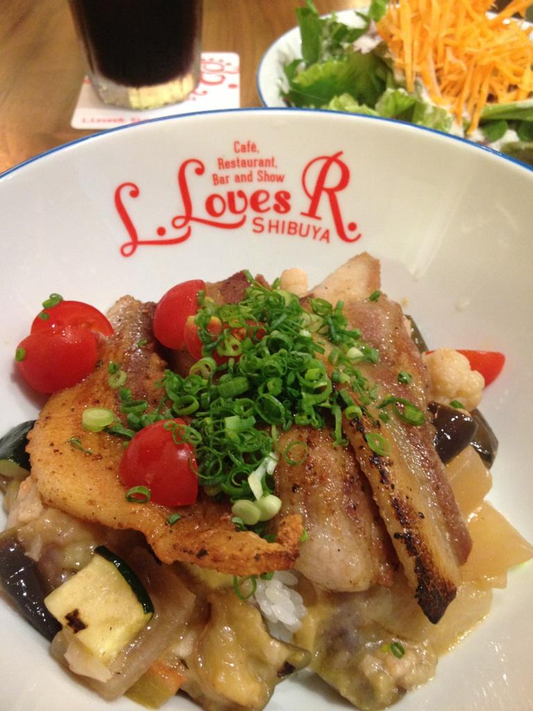 L.LovesR.@渋谷