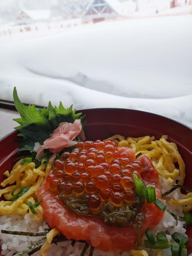 鮭イクラ親子丼@キロロ