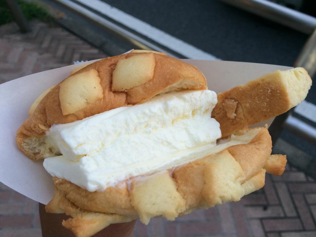 世界で2番めにおいしい焼きたてメロンパンアイス Tokyo渋谷公園通り店