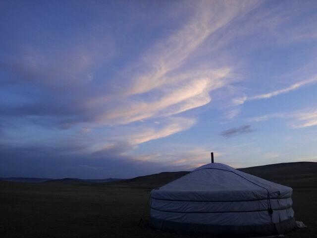 夜10時夕方@エレステ ツーリスト キャンプ(モンゴル)