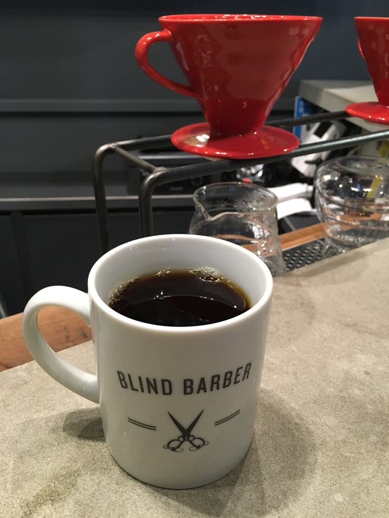 BLIND BARBER COFFEE SHOP タウンハウス店