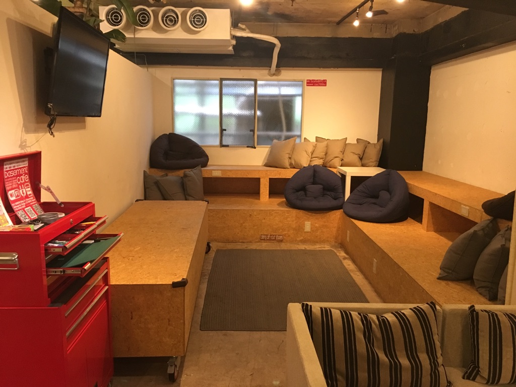 basement cafe@渋谷、